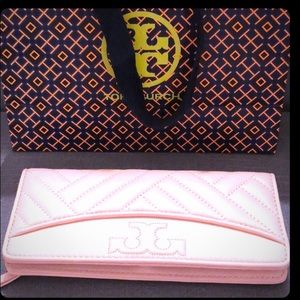 Tory Burch Alexas Slim Wallet